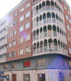 Piso en venta en Elda, Alicante, Calle Reyes Católicos, 66.500 €, 4 habitaciones, 2 baños, 129 m2