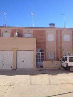 Local en venta en Local en Torrijos, Toledo, 255.513 €, 298 m2