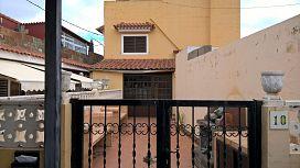Casa en venta en Santa Brígida, Las Palmas, Calle Acequia Tafira, 113.970 €, 4 habitaciones, 121 m2