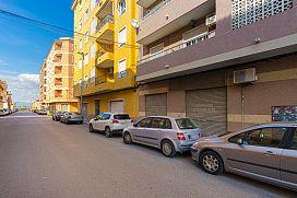 Piso en venta en Centro, Almoradí, Alicante, Calle Liceo Politecnico, 55.300 €, 3 habitaciones, 1 baño, 109 m2