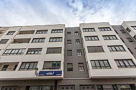 Piso en venta en Urb. Casa Blanca, Requena, Valencia, Calle de Ramón Y Cajal, 90.000 €, 112 m2
