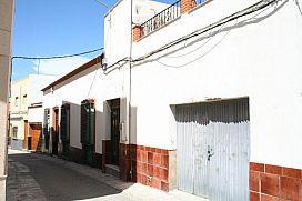 Piso en venta en Piso en Alhama de Almería, Almería, 81.600 €, 3 habitaciones, 1 baño, 144 m2