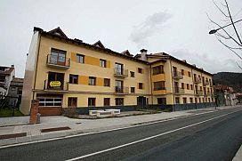 Piso en venta en Sant Pau de Segúries, Sant Pau de Segúries, Girona, Avenida de la Vall, 86.200 €, 74 m2