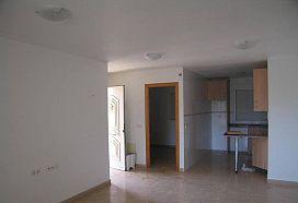 Piso en venta en Piso en Mazarrón, Murcia, 48.000 €, 2 habitaciones, 3 baños, 72 m2
