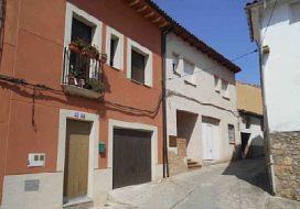 Casa en venta en Jarandilla de la Vera, Cáceres, Calle El Vinculo, 119.000 €, 3 habitaciones, 179 m2