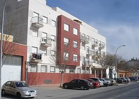 Piso en venta en Pedro Muñoz, Ciudad Real, Avenida de la Constitucion, 30.900 €, 3 habitaciones, 2 baños, 116 m2