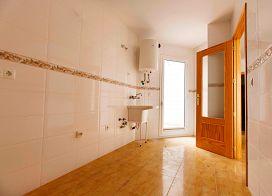 Piso en venta en Piso en Roquetas de Mar, Almería, 35.000 €, 2 habitaciones, 1 baño, 73 m2, Garaje