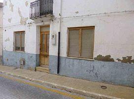 Casa en venta en Casa en Castalla, Alicante, 28.100 €, 3 habitaciones, 1 baño, 193 m2