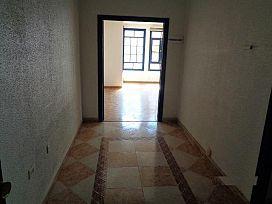 Piso en venta en Piso en Algeciras, Cádiz, 113.300 €, 4 habitaciones, 150 m2