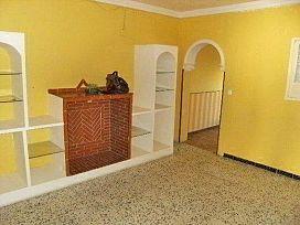 Piso en venta en Piso en Utrera, Sevilla, 28.000 €, 106 m2