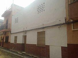 Casa en venta en Distrito Cerro-amate, Sevilla, Sevilla, Calle Comprensión, 64.000 €, 3 habitaciones, 2 baños, 121 m2