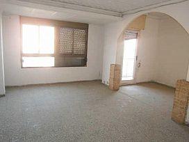 Piso en venta en Piso en Almazora/almassora, Castellón, 33.300 €, 3 habitaciones, 1 baño, 99 m2