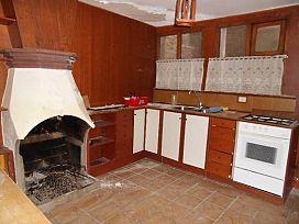 Piso en venta en Piso en Castillonroy, Huesca, 33.300 €, 5 habitaciones, 1 baño, 60 m2