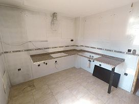 Casa en venta en Casa en Alcalá del Obispo, Huesca, 62.200 €, 3 habitaciones, 1 baño, 137 m2
