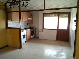 Piso en venta en Piso en Haro, La Rioja, 30.000 €, 2 habitaciones, 1 baño, 79 m2
