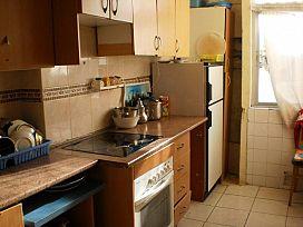 Piso en venta en Piso en Haro, La Rioja, 27.100 €, 3 habitaciones, 1 baño, 68 m2