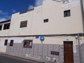 Piso en venta en Altavista, Arrecife, Las Palmas, Calle Blasco Ibañez, 94.000 €, 3 habitaciones, 2 baños, 131 m2