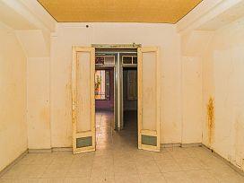 Piso en venta en Piso en Tortosa, Tarragona, 48.400 €, 1 habitación, 1 baño, 144 m2