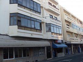 Piso en venta en Arrecife Centro, Arrecife, Las Palmas, Calle Peñas del Chache, 105.000 €, 3 habitaciones, 2 baños, 102 m2
