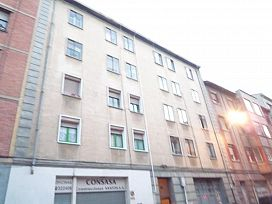 Piso en venta en Miranda de Ebro, Burgos, Calle Ciudad de Toledo, 42.900 €, 3 habitaciones, 1 baño, 79 m2