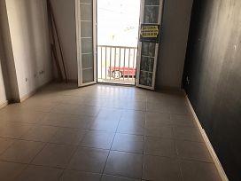 Piso en venta en Piso en Arrecife, Las Palmas, 100.000 €, 3 habitaciones, 2 baños, 76 m2