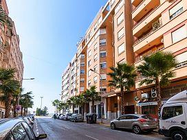 Piso en venta en Virgen de Gracia, Vila-real, Castellón, Avenida Pius Xii, 75.141 €, 4 habitaciones, 2 baños, 141 m2