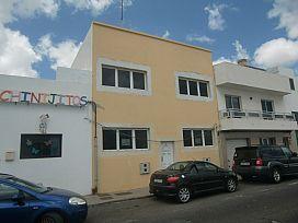 Piso en venta en Altavista, Arrecife, Las Palmas, Calle la Mina, 56.500 €, 2 habitaciones, 1 baño, 68 m2