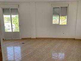 Piso en venta en Arcos de la Frontera, Cádiz, Calle Fuente del Rio, 75.000 €, 3 habitaciones, 102 m2