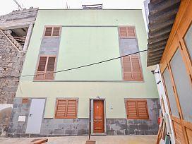 Piso en venta en Trasmontaña, Arucas, Las Palmas, Calle Doctor Garcia Guerra, 139.000 €, 4 habitaciones, 3 baños, 132 m2