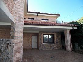 Casa en venta en Casa en Piedralaves, Ávila, 135.700 €, 135 m2