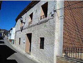 Casa en venta en Campos del Paraíso, Cuenca, Calle Mayor, 85.000 €, 6 habitaciones, 710,5 m2