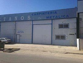 Industrial en venta en Industrial en Baza, Granada, 285.000 €, 1410 m2