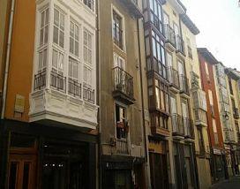 Piso en venta en Alde Zaharra/casco Viejo, Vitoria-gasteiz, Álava, Calle Pintoreria, 39.000 €, 56 m2