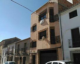 Piso en venta en Torreperogil, Jaén, Calle Castelar, 71.400 €, 3 habitaciones, 2 baños, 132 m2