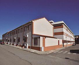 Piso en venta en Pozuelo de Calatrava, Pozuelo de Calatrava, Ciudad Real, Calle Clavel, 29.700 €, 2 habitaciones, 2 baños, 74 m2