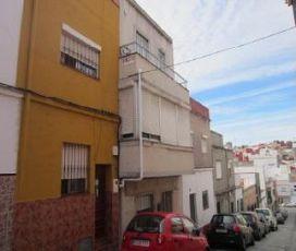 Piso en venta en Algeciras, Cádiz, Calle Barcelona, 54.200 €, 4 habitaciones, 129 m2