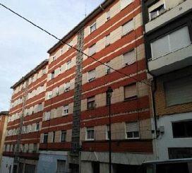 Piso en venta en Avilés, Asturias, Calle Leopoldo Alas Clarin, 35.400 €, 3 habitaciones, 1 baño, 91 m2