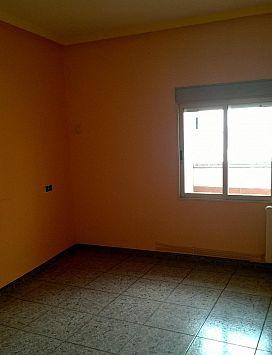 Piso en venta en Piso en Andorra, Teruel, 36.200 €, 4 habitaciones, 1 baño, 123 m2