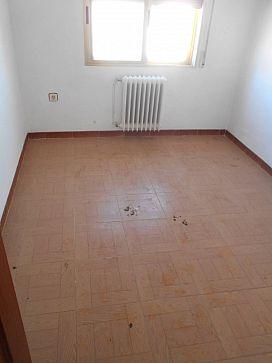 Piso en venta en Piso en Horcajo de Santiago, Cuenca, 28.500 €, 4 habitaciones, 1 baño, 112 m2
