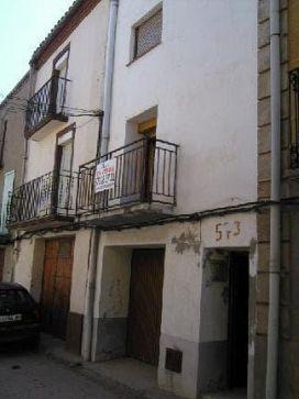 Piso en venta en Piso en Menàrguens, Lleida, 40.300 €, 2 habitaciones, 2 baños, 180 m2