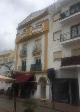 Local en venta en Local en Estepona, Málaga, 117.000 €, 201 m2