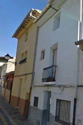 Piso en venta en Castalla, Alicante, Calle Cantarerias, 42.000 €, 4 habitaciones, 1 baño, 171 m2