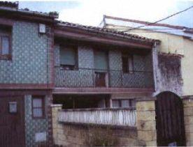 Casa en venta en Casa en Torrelavega, Cantabria, 73.000 €, 7 habitaciones, 1 baño, 184 m2