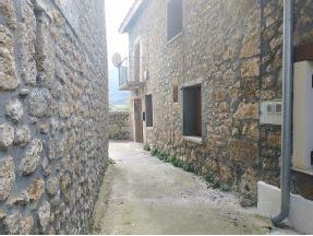 Casa en venta en Hoz de Mena, Valle de Mena, Burgos, Calle Santiago, 43.500 €, 3 habitaciones, 1 baño, 90 m2