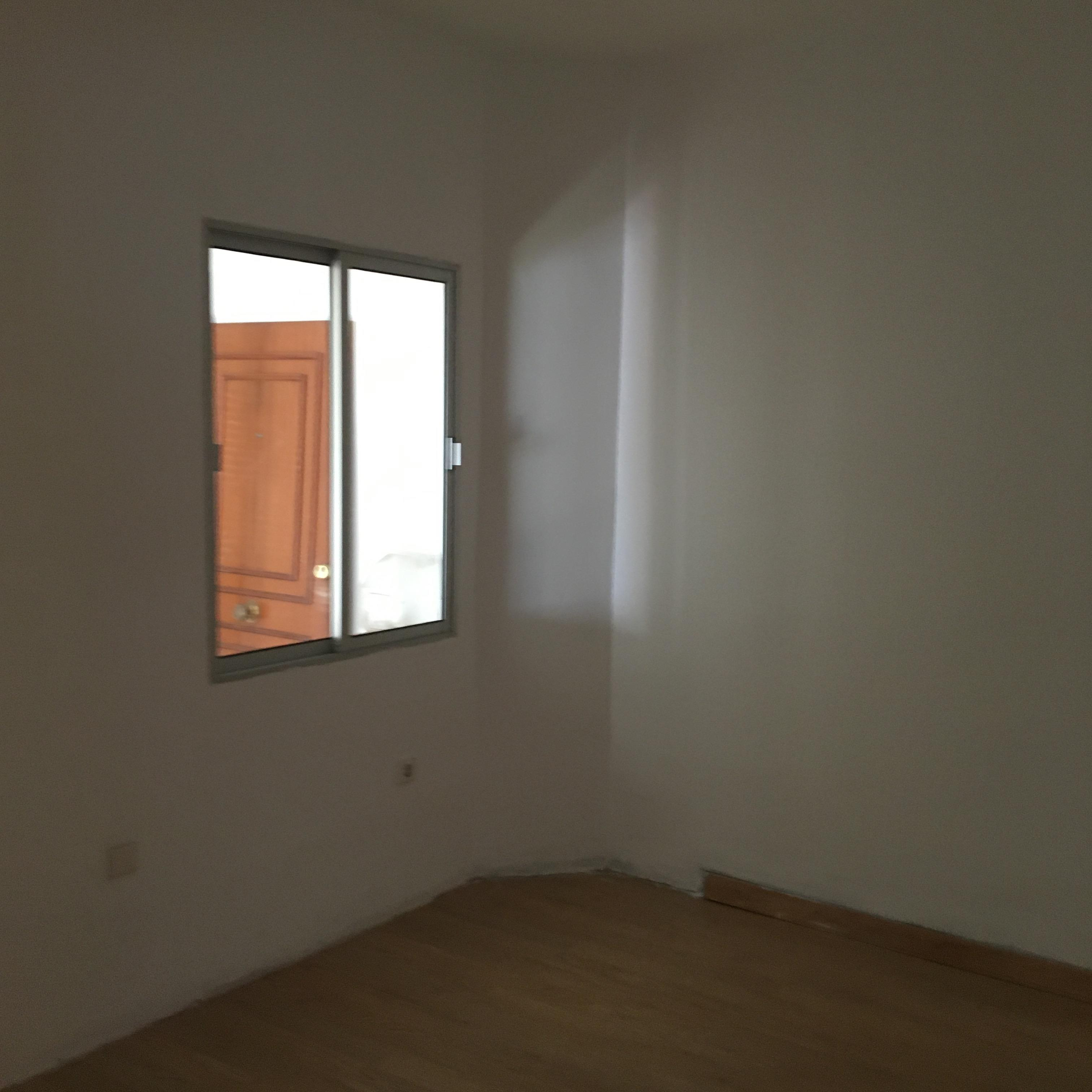 Piso en venta en Piso en San Juan de Aznalfarache, Sevilla, 58.000 €, 2 habitaciones, 1 baño, 61 m2