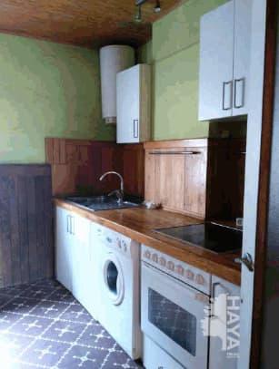 Piso en venta en Areta, Laudio/llodio, Álava, Calle Jose Mardones, 88.000 €, 3 habitaciones, 1 baño, 76 m2
