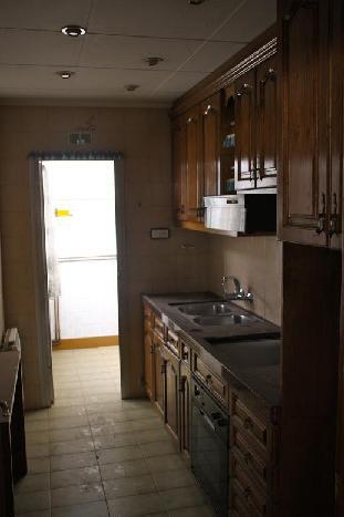 Piso en venta en Sabadell, Barcelona, Calle Magi Colet, 107.000 €, 4 habitaciones, 1 baño, 89 m2