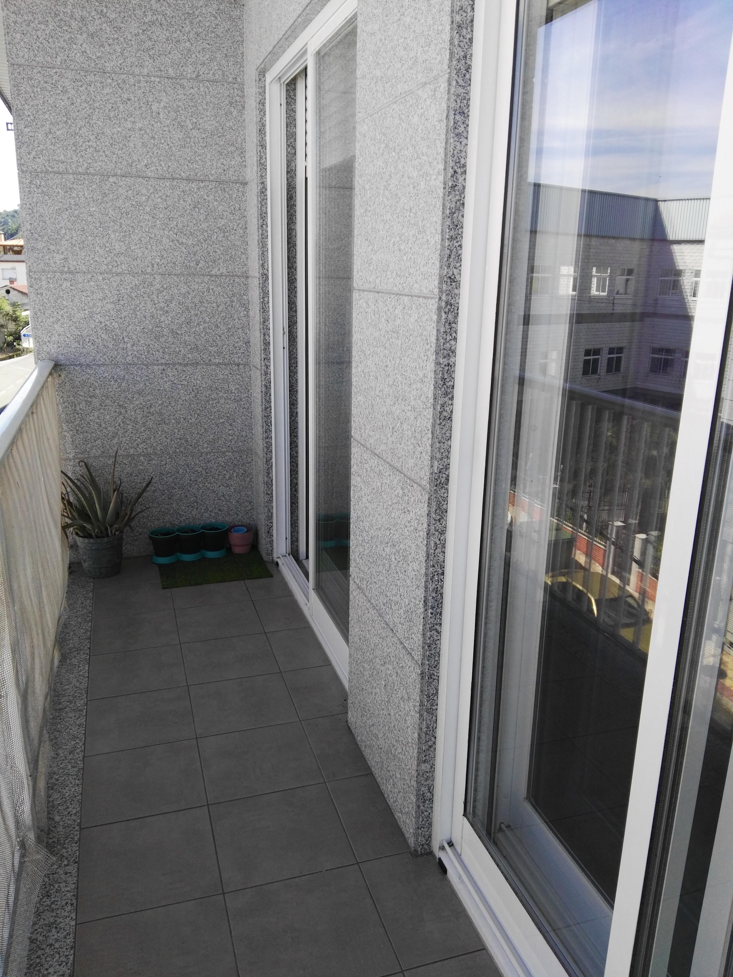 Piso en venta en Reboredo, Ourense, Ourense, Carretera de Celanova (o Piñeiral), 135.000 €, 3 habitaciones, 2 baños, 103 m2