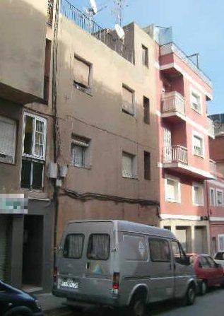 Piso en venta en Santa Coloma de Gramenet, Barcelona, Calle Sant Andreu, 66.200 €, 2 habitaciones, 1 baño, 50 m2