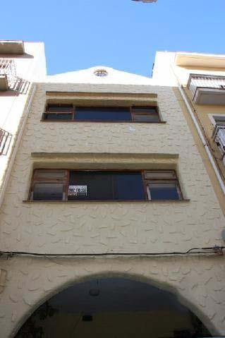 Casa en venta en Benicarló, Castellón, Calle Berenguer de Cardona, 156.000 €, 8 habitaciones, 2 baños, 106 m2